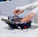 夜店DJ神器搬到家