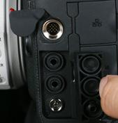 佳能1DX Mark II拥有出色的防护性能