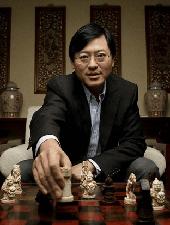 <b>杨元庆</b><i>联想集团董事长兼CEO</i><em>观点</em>智能互联网新业态