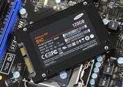三星SSD背面