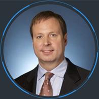 联想集团执行副总裁<br/>数据中心业务集团总裁<br/><em>Kirk Skaugen</em>