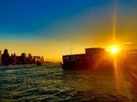 标题:香港维多利亚港美景<br/> 型号:小米2<br/> 作者:失意的飘落者