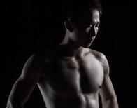【作品及文字场记】闪光灯人像肌肉男