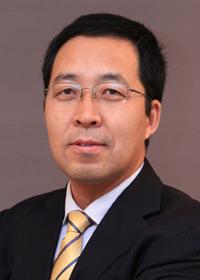武连峰<br /><span>IDC副总裁兼首席分析师</span>