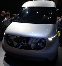 奔驰无人驾驶货车Vision Van