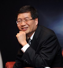 华硕集团CEO 沈振来