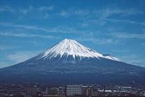 远望富士山