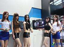 Intel展台美女如云