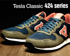 Tesla Classic徒步鞋