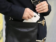 联想S920小号的包包可以放得下
