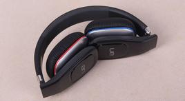 可折叠轻便型 罗技UE中端蓝牙耳机试听