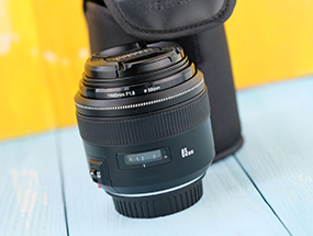 永诺85mm f/1.8