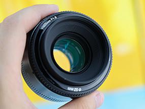 永诺50mm f/1.8