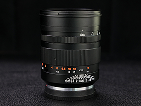 中一光学50mm f/0.95