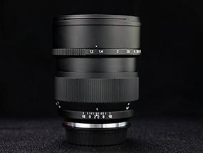中一光学85mm f/1.2