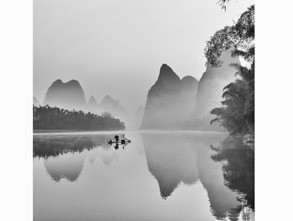 年度摄影师入围奖:《桂林山水》作者:yjj0170 曾获月赛奖项 :2013年1月月赛2等奖 获奖作品拍摄时间:2013-12-07 17.00