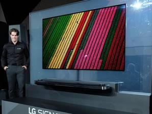 <b>3</b>LG OLED TV W