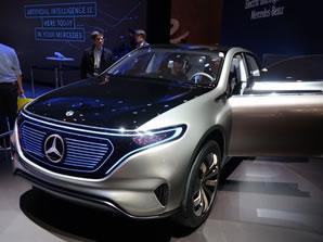 <b>5</b>奔驰概念纯电动SUV