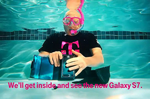 外媒水下开箱三星Galaxy S7