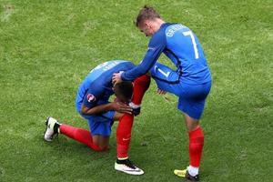 冰岛让英格兰再