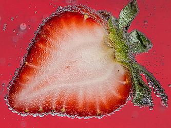 水果汽水拍出夏天味道