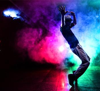 【J&C用光分享】舞蹈夜拍。(附布光图和视频花絮)
