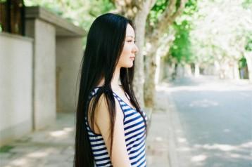 秋高气爽好拍照 到公园为女友拍情绪人像