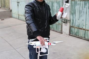 让相机飞 大疆PHANTOM2 VISION飞行器体验