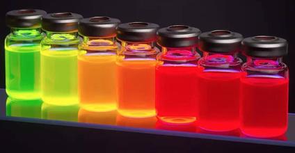 好色颜值担当 三星量子点技术改变视界