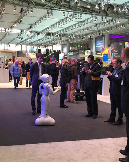 IBM展台上的机器人