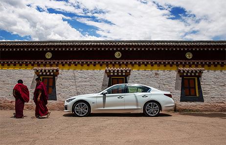 现在,我从北穿到南,一直到了西藏,逼格高点来说那叫心灵高原