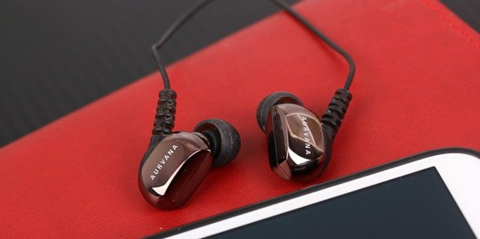 感受动铁最佳选择 创新In-Ear3音质体验