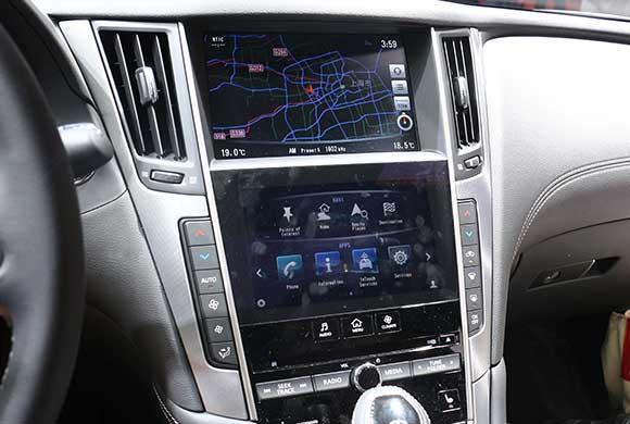 科技看车展 现场体验英菲尼迪Q60人机交互