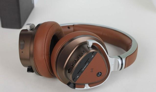 新品抢先看 创新Aurvana系列耳机图赏
