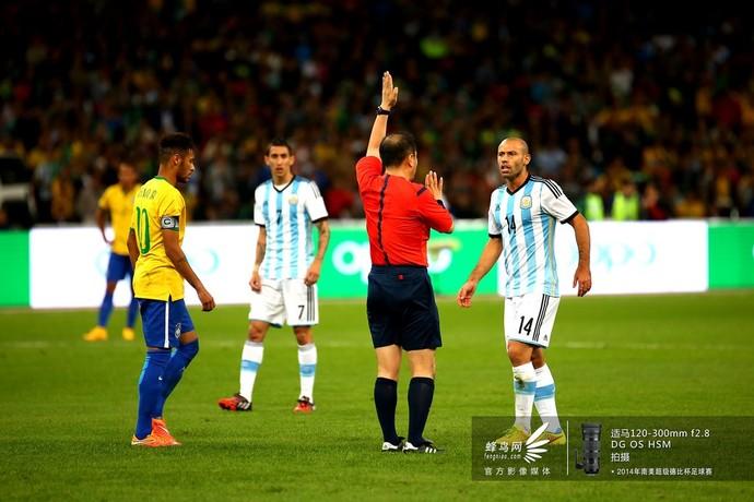 2014南美超级杯阿根廷队-与裁判理论