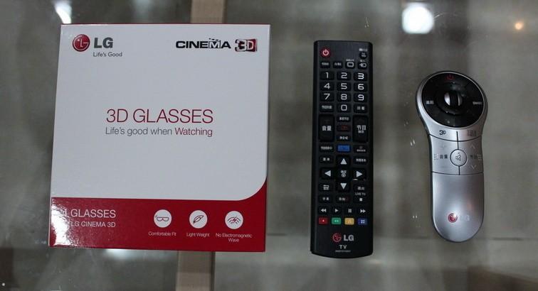 敦实的包装 LG全新超高清UHD电视拆箱