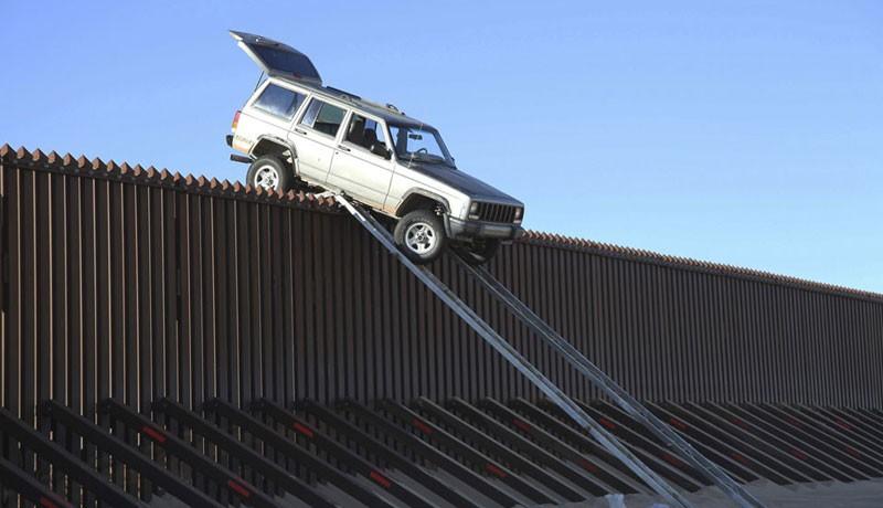 边境偷渡那点事:摄影专题《在边界》