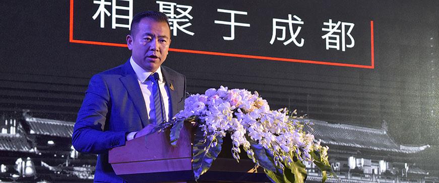 夏普商贸(中国)解决方案本部的殷岭部长