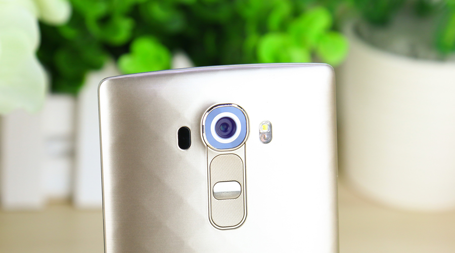 LG G4背部按键